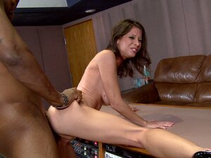 Skinny brunette bitch with saggy tits manages to suck BBC.