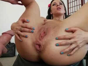Girl with a nice big ass fucked in her anus