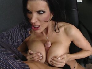 Hardcore business woman is fucking with a cocky boss