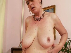 Amateur milf Lora with big natural tits and dildo