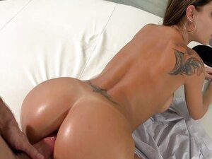 Latina Gets it in The Ass