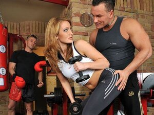 The only pretty chick in the gym is fucked by the muscular instructor that can't help himself