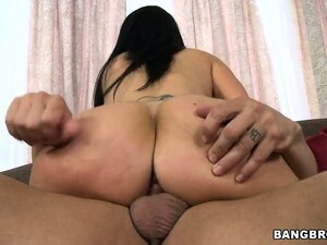 Superb model with huge butt named Ava Adams lays with eager dude