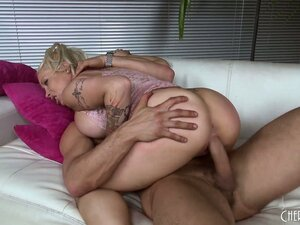Candy Manson sticks her tongue out to catch a load after banging