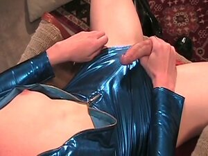 White skinny shemale babe jerk off with her own shemale cock