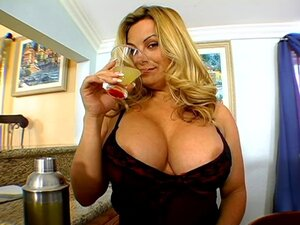 Friday the busty blonde MILF take big cock in her pussy