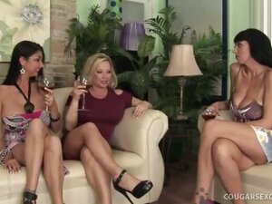 3 Hot Cougar Bitches on Tilt Get their Twats Split!