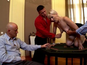 Milf Samantha White is fucking with two guys
