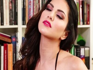 Sunny Leone's naughty private session