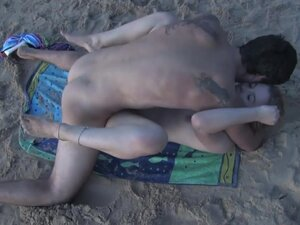 Cock hungry amateur blondie fucked on the beach