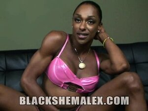 Ebony goddess Natalia is an amazing black shemale.  She has