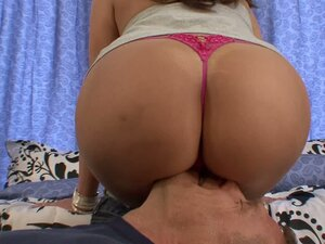 Kelly Divine loves to suck big hard cocks and fuck