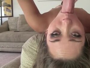 She is so hot during a facefuck with a mess