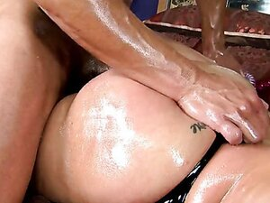 Bootylitious Kelly Divine badly need asshole injection