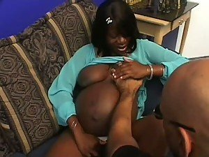 Lovely Pregnant Black Babe Gets Pounded
