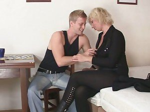 Old blonde is doggy-style fucked !