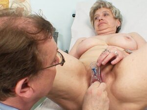 Medical fetish play with a granny