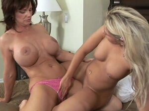 School's in session! Deauxma teaches Aubrey Adams how to get freaky