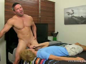 Even a straight muscle hunk like Brock Landon can't say no to a lad like Evan Stone!