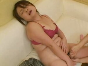 Chubby Japanese MILF wants her pussy pleasured