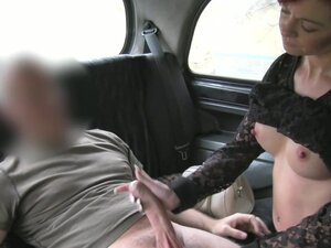 Redhead fuck with a driver in taxi