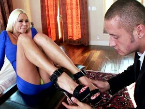 Foot fetish play with blonde bimbo
