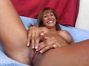 Sperm donation for cute MILF