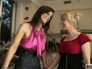 Swingers get together with their friends for a bisexual foursome